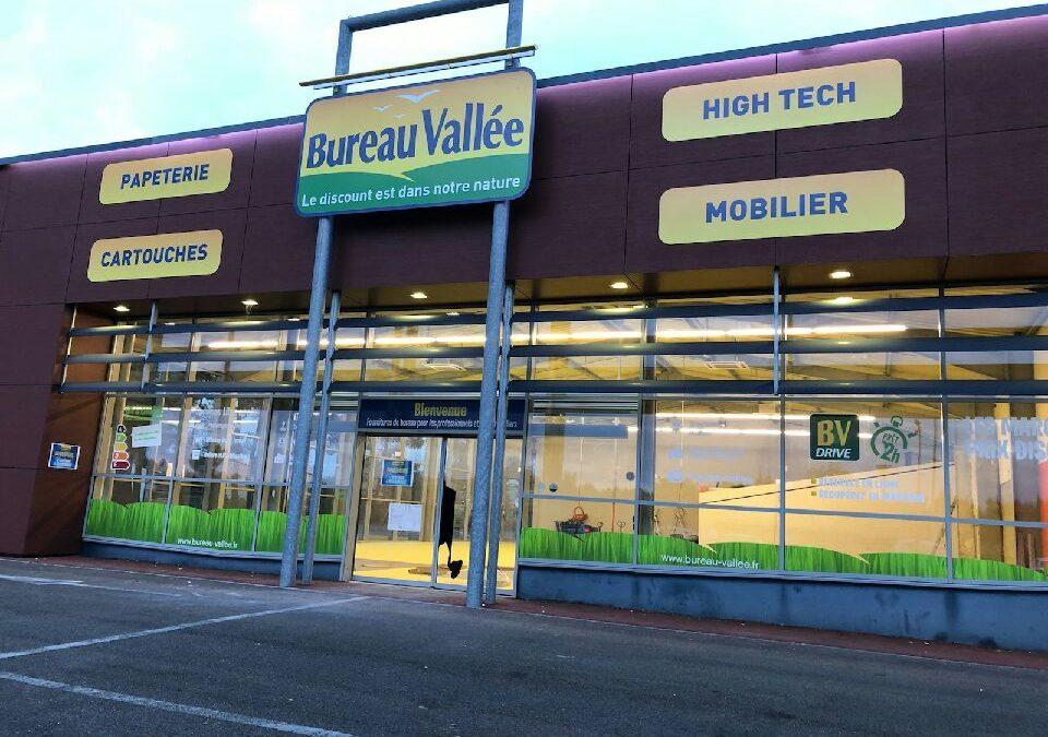 Bureau Vallée renforce sa présence dans les Landes