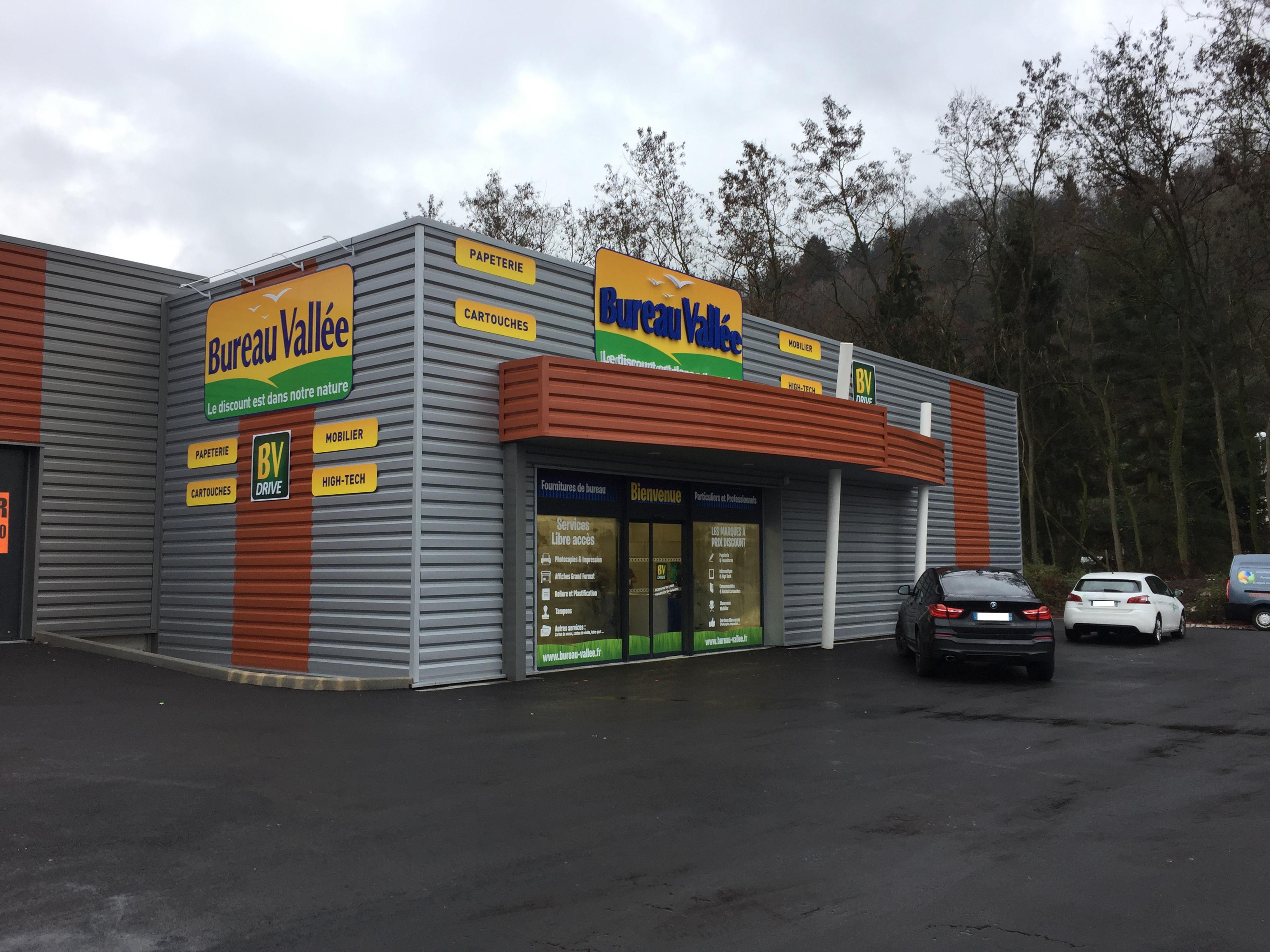 transfert du magasin de saint-avold - franchises et carrières bureau